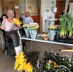 Blommor och påskgodis hos Vickan i Kungsbacka